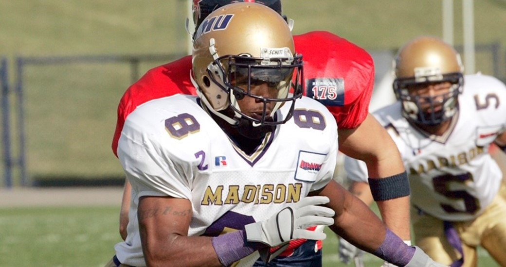 Football: 2004 Flashback: Connecting with champion Rodney McCarter