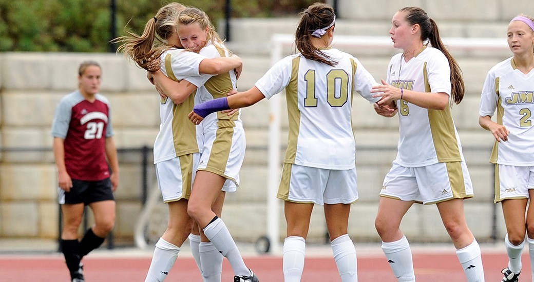 Women's Soccer: Herndon, Borum Score in 2-0 Win Over Rams