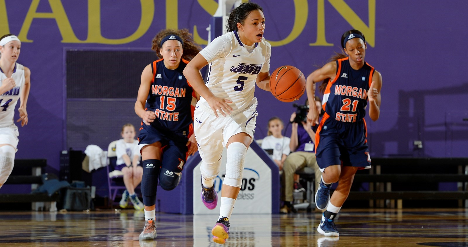 Women's Basketball: Dukes Sink Hampton for 68-56 Overtime Victory