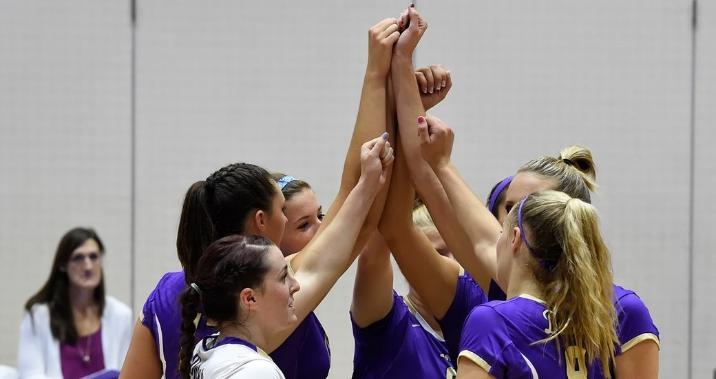 Women's Volleyball: Dukes Undefeated after Day One of JMU Classic