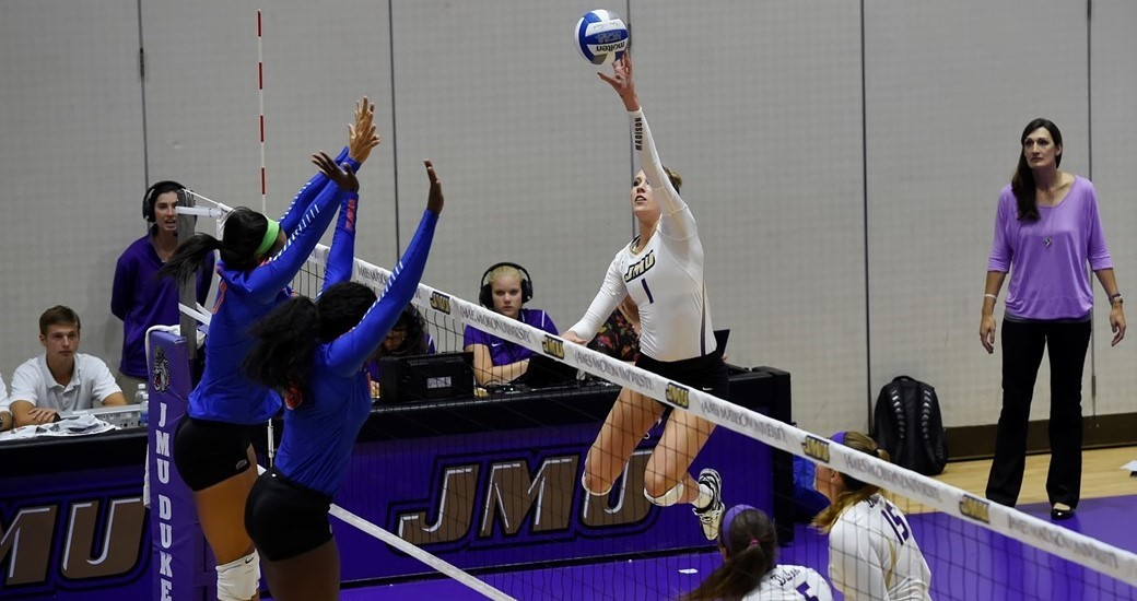 Women's Volleyball: Dukes Go 1-1 to Close Out Opening Weekend