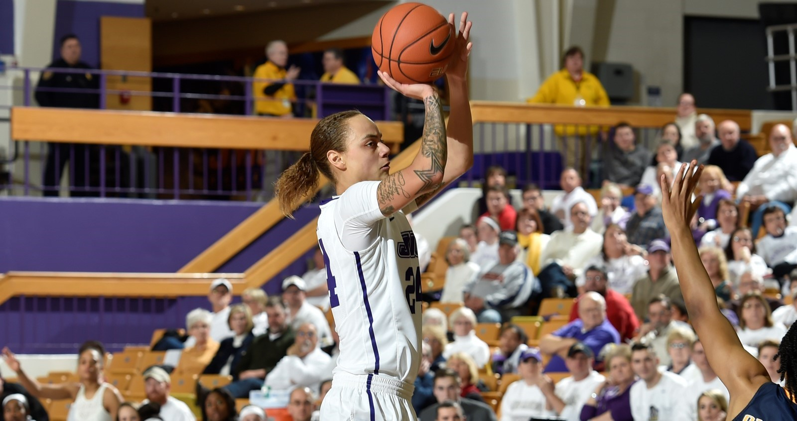 Women's Basketball: Gwathmey Garners Fourth CAA Player of the Week Honor