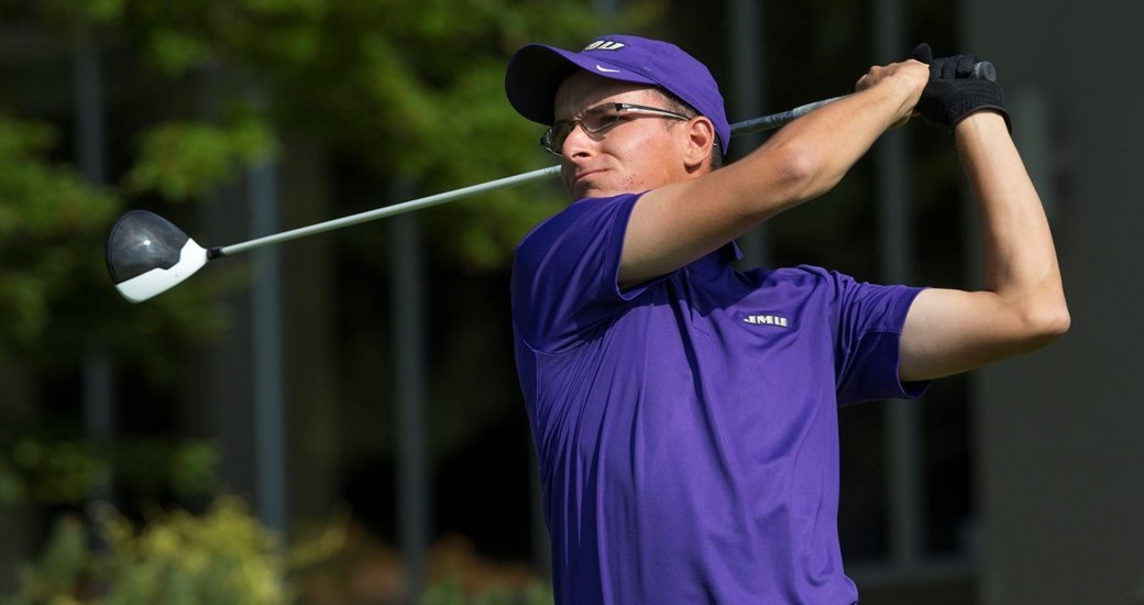 Men's Golf: Cole Battles Through Round Two of National Championships