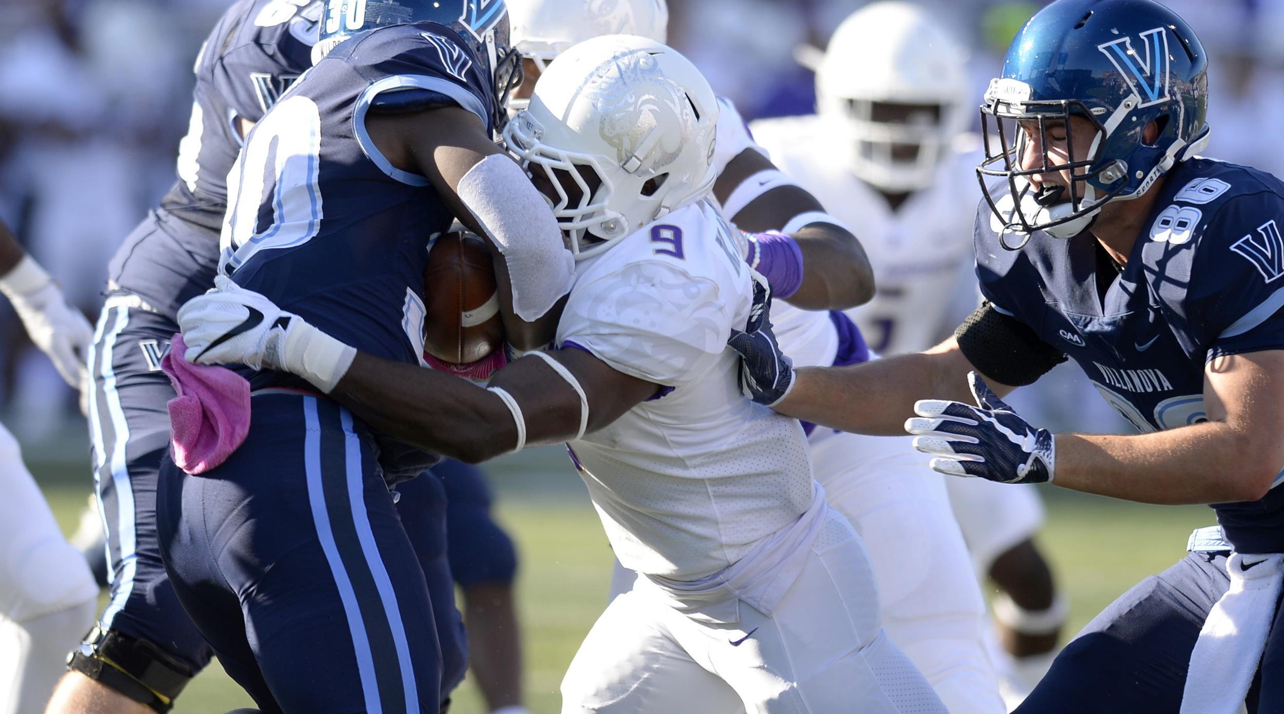 Football: Hawkins Named CAA Defensive Player of the Week for Second Time)