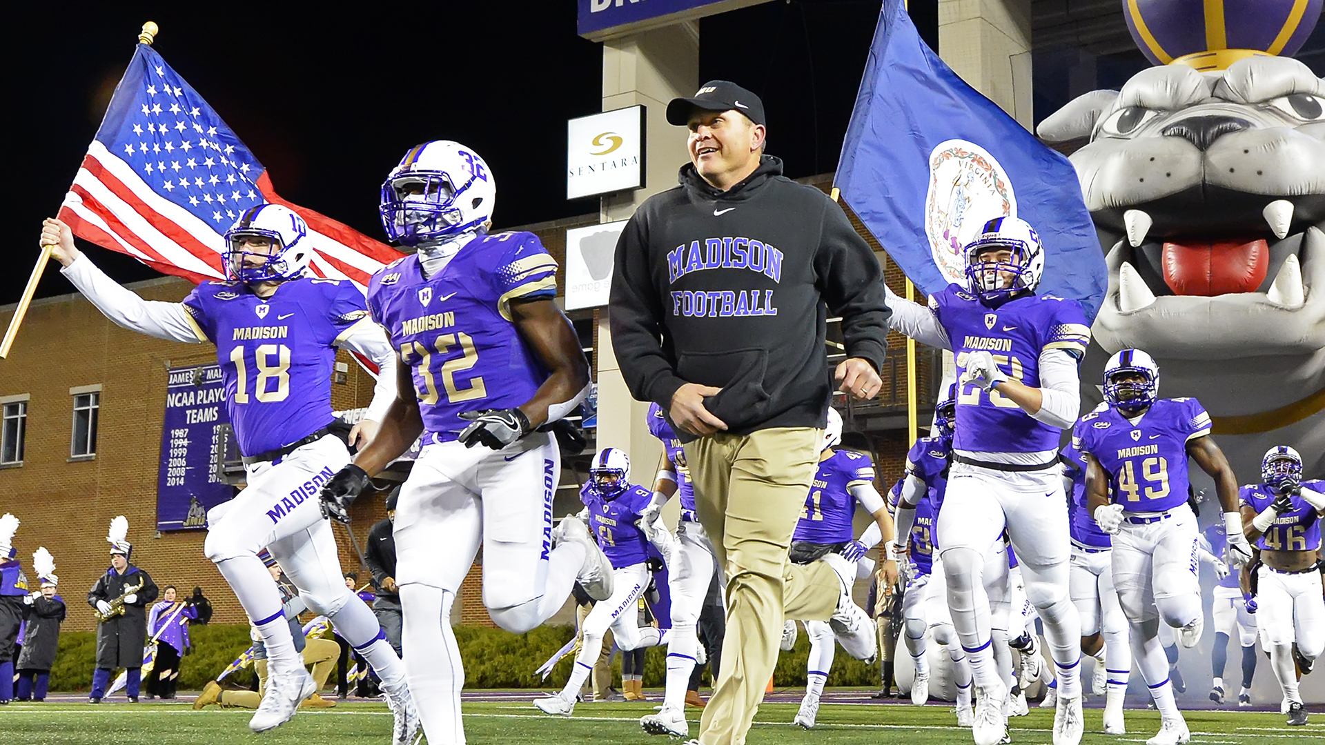 Football: Dukes Rank No. 1 in Lindy's Magazine Preseason Poll)