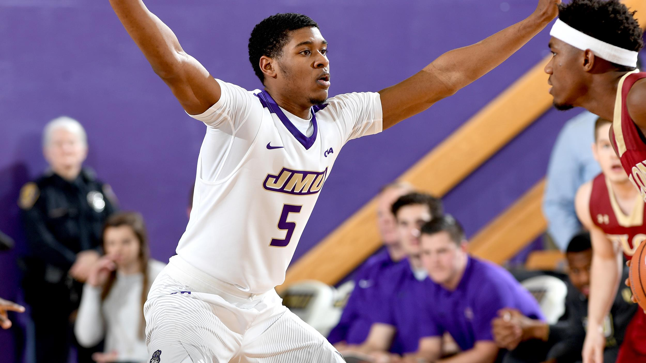 Men's Basketball: Dukes Erase Late Lead In Overtime Triumph)
