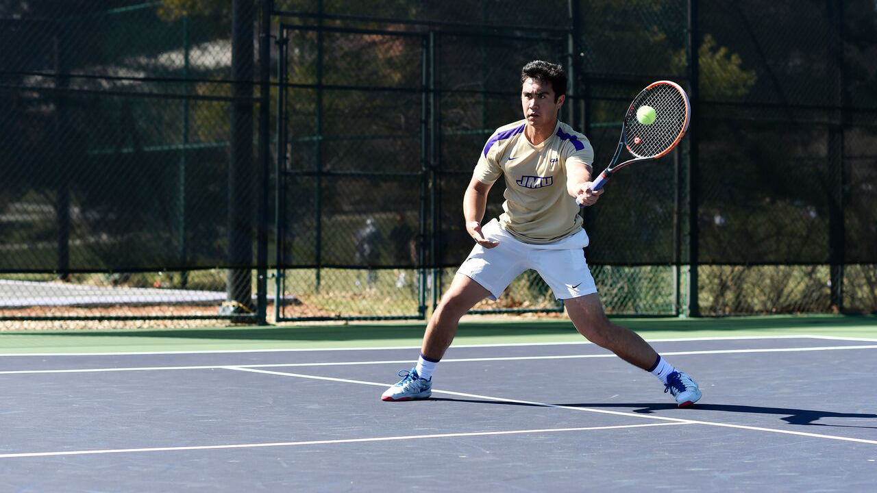 Men's Tennis: Dukes Bounce Back with 6-1 Win in Home Opener)